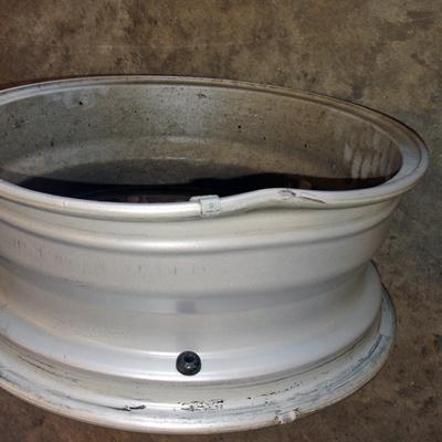 damaged alloy wheel