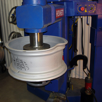 alic wheel straightener