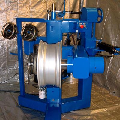 hydraulic wheel straightener