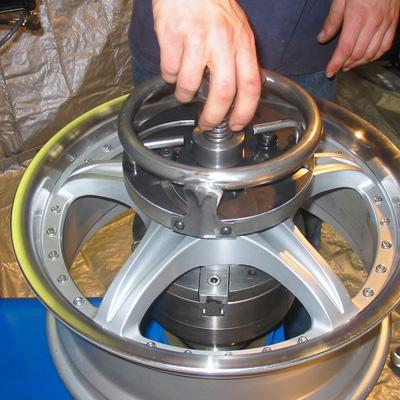 rim straightening equipment