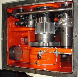 Wheel CNC lathe