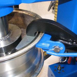 alloy wheel straightening tool