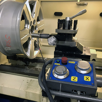 diamond cut CNC wheel repair machine